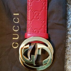 7fc0fb8cb5e Nordstrom Accessories - 💓Authentic Gucci Belt Red Guccissima Print